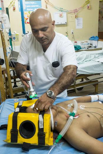 Dr. Luis Runciman Soplin, M.D